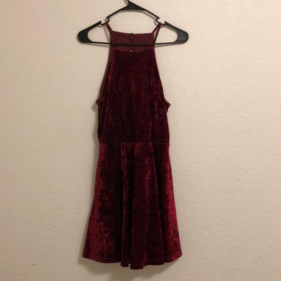 Lulu's Dresses & Skirts - Lulus Burgundy Skater Dress